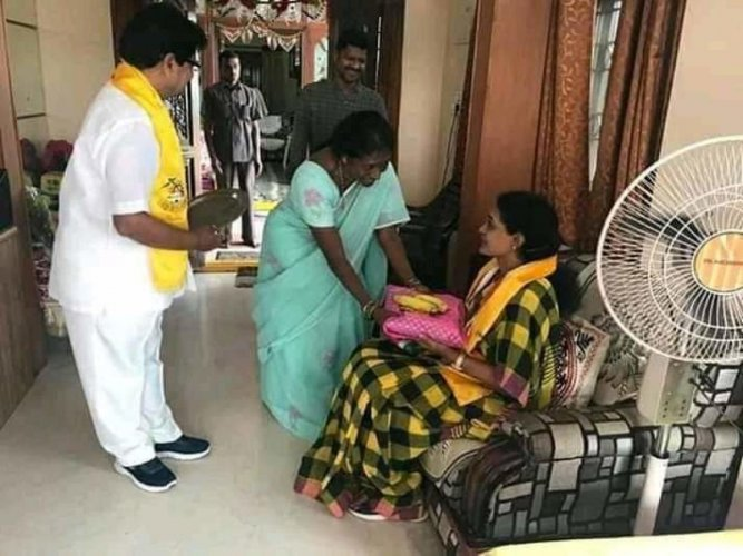Suhasini during her campaign in Kukatpally