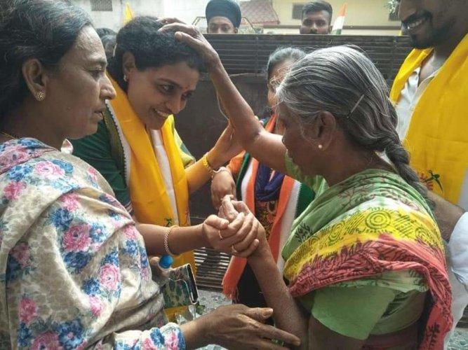 Nandamuri Suhasini Campaigns in Kukatpally. DH photo
