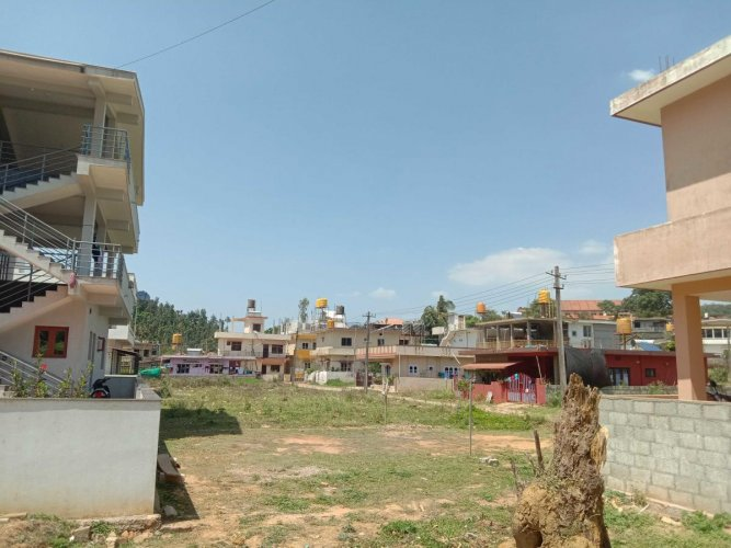 A view of Muliya Layout near FMKMC College in Madikeri.