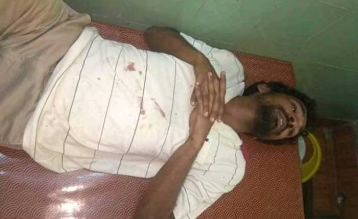 Julius Nikithas Saniyo Manomi were attacked at Kuttiady as they were going to a hospital in a car to visit a patient.