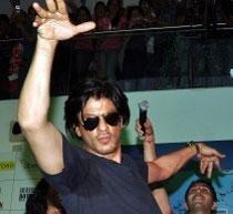 Kerala Police registers case against Shah Rukh Khan