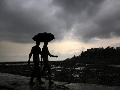 Monsoon gains momentum in Kerala