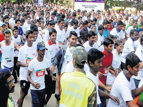 Thousands take part in Run Kerala Run