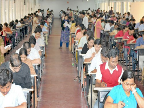 Over five lakh candidates for 1,500 Kerala government vacancies