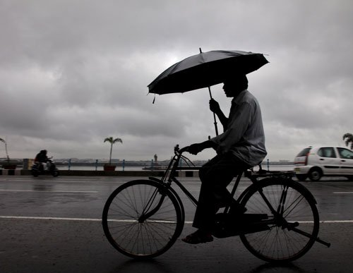 Southwest monsoon hits Kerala four days late