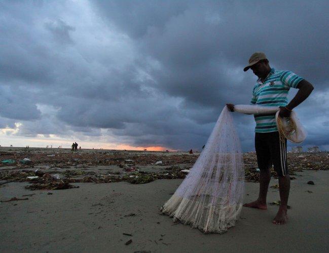 Attacks by SL navy, oppn force fishermen to leave for Kerala