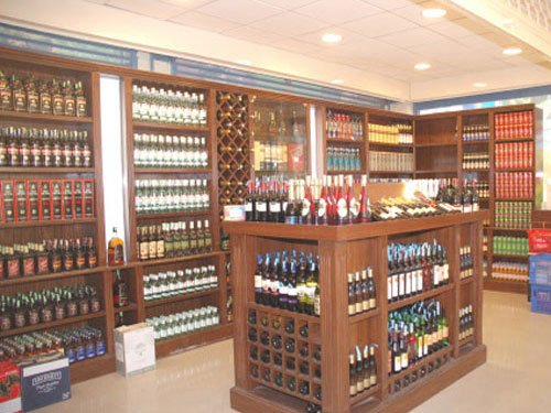 SC upholds Kerala's  policy to check booze
