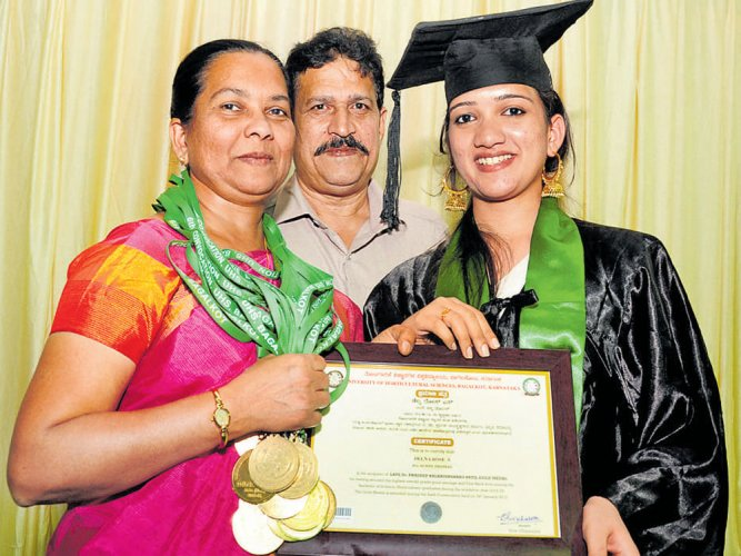Kerala girl bags 18 gold medals at horticulture varsity convocation