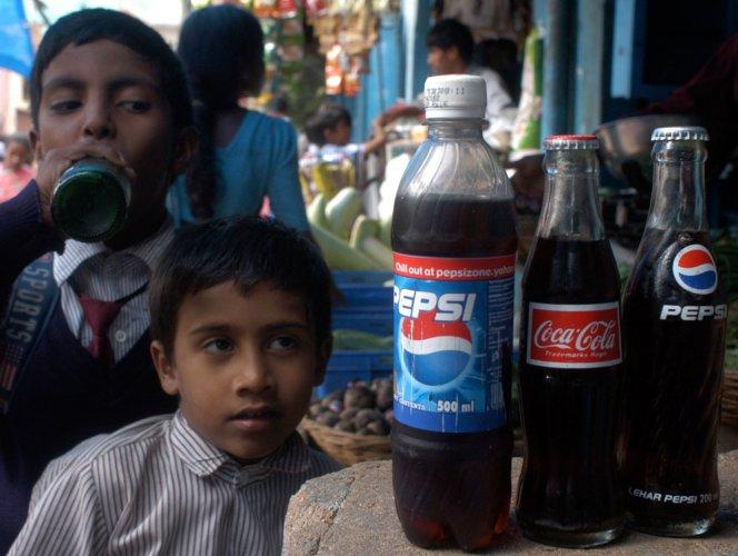 Kerala retailers to stop selling Pepsi, Coke