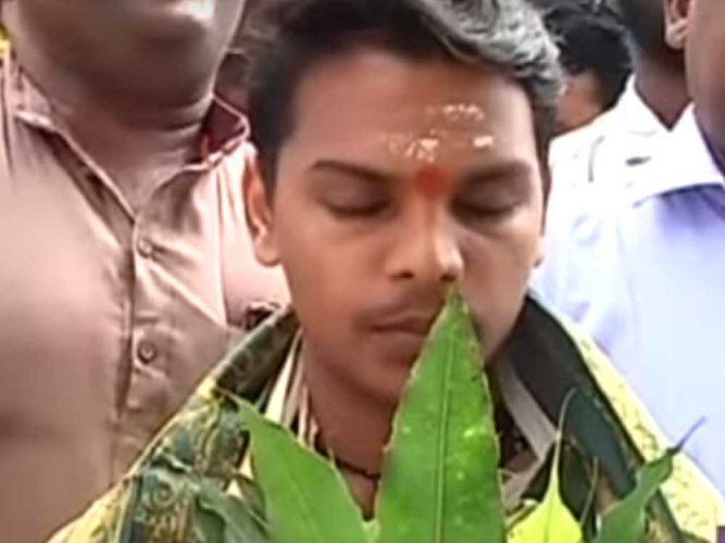 Chanting mantras, breaking barriers: Kerala's first Dalit priest takes charge