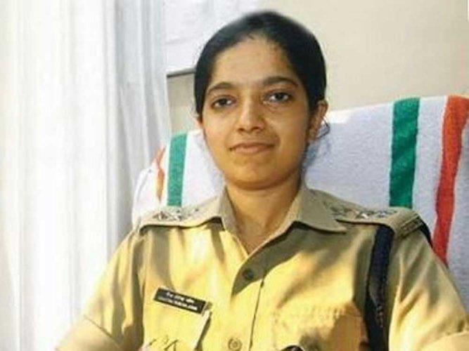 Kerala IPS officer Chaitra Teresa John. (Image  courtesy Twitter)