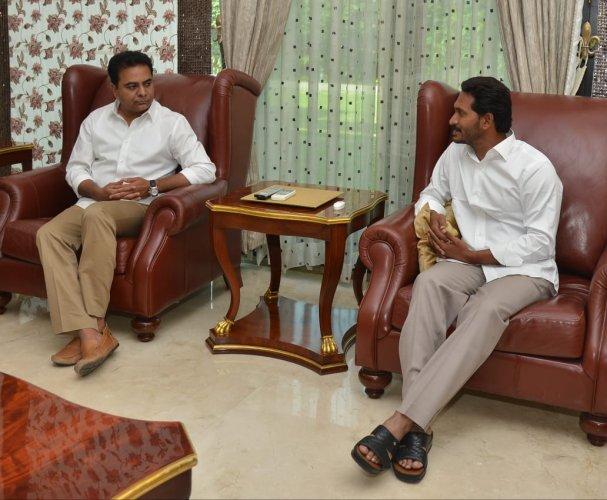 Jaganmohan Reddy with TRS working president K Taraka Rama Rao (left) file photo