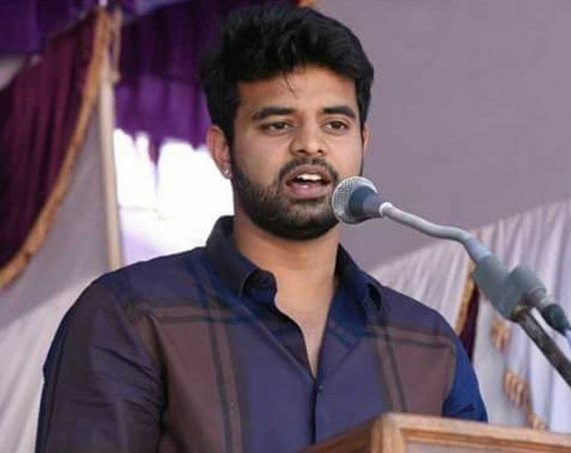 Hassan Lok Sabha constituency JD(S)-Congress candidate Prajwal Revanna said that he was aware of the burning issues faced by the people of Kadur and he will make a sincere effort to solve the problems.