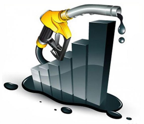 Kerala levies 31.8% and 24.52% tax on petrol and diesel price respectively and now the rates will be reduced by 1.69% and 1.75% for petrol and diesel respectively.