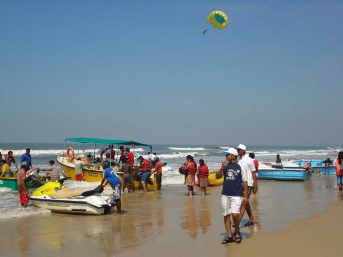 Like in some other states, Goa, too, is witnessing activities which are driven by greed for unlimited profits, Gadgil said. (DH File Photo)