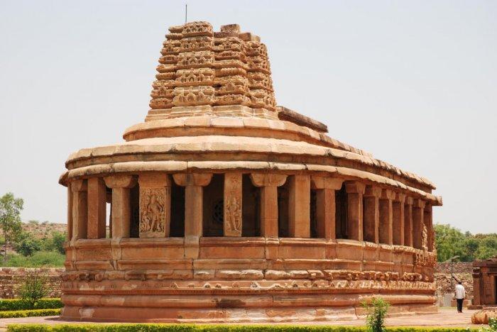 The aspidal-shaped Durga Temple, Aihole.