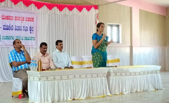 Deputy Commissioner Annies Kanmani Joy, who is also the district election officer, addresses election officers during a meeting in Madikeri on Thursday.