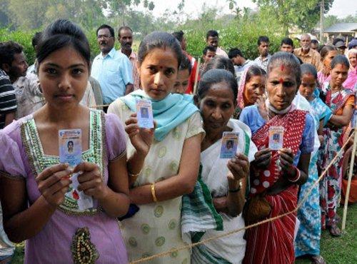 Assam, Tripura kick off polls; Gogoi, CPI-M deny 'Modi wave'