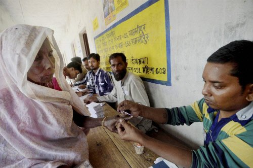 Over 50 percent vote in Bihar