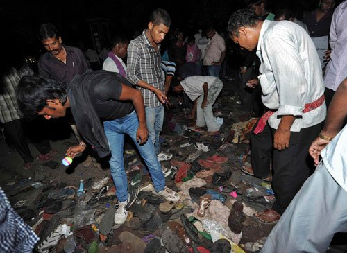Stampede: Union ministers attack Bihar govt