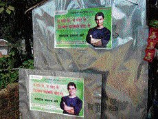 Poll panel draws in Jharkhand electorate with Aamir's message