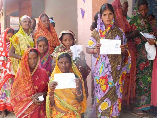 Jharkhand polls peaceful, 32.10 pc voting in first four hours