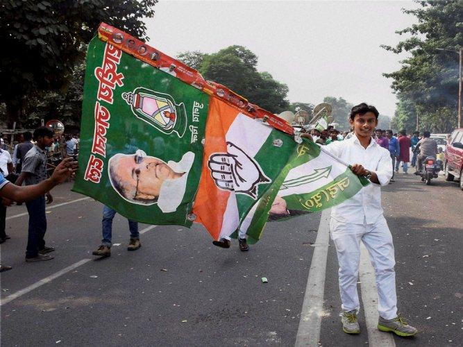 With lantern support, arrow hits bullseye in Bihar polls