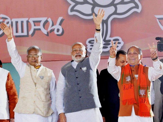 Congress govt in Manipur misleading people on Naga accord: Modi