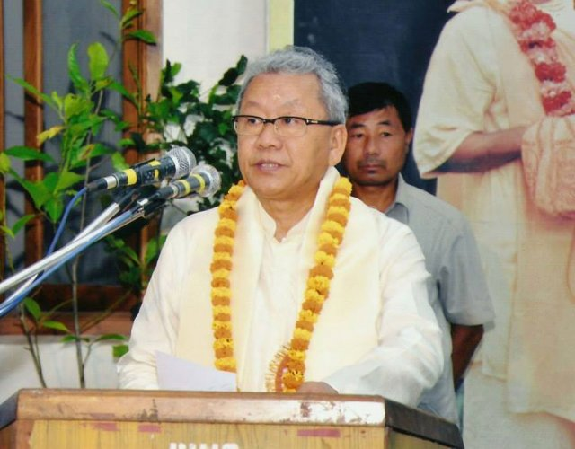 Congress be given first chance to form Manipur govt: Gaikhangam