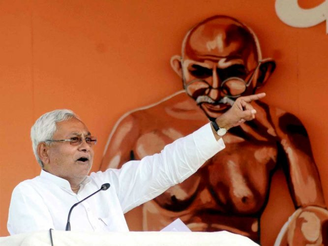Nitish dares BJP to hold polls in Bihar, UP simultaneously