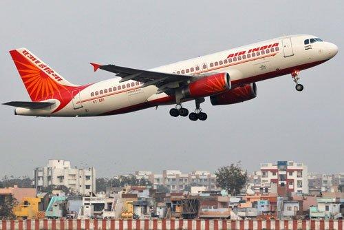 Kolkata: Tyres of Air India's flight deflates, none injured