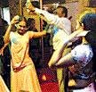 Mumbai's bar girls make Goa police 'dance'
