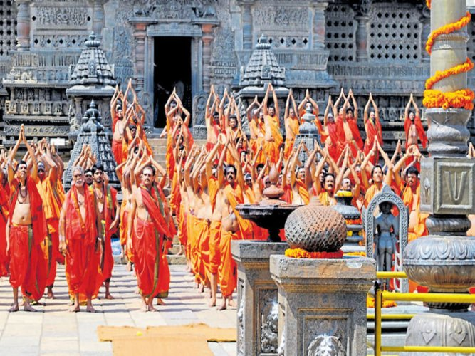 Public outrage:movie shooting halted at Belur temple