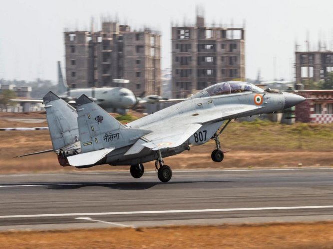 MiG 29K crashes in Goa naval base, civilian flights disrupted