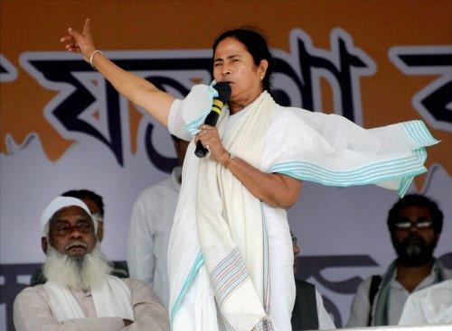 Trinamool heads toward spectacular win in Bengal