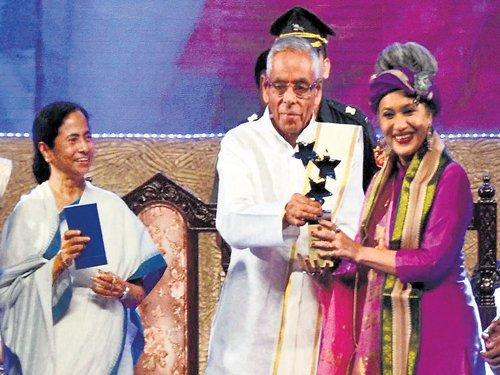 Trinamool celebrates 3 years in power