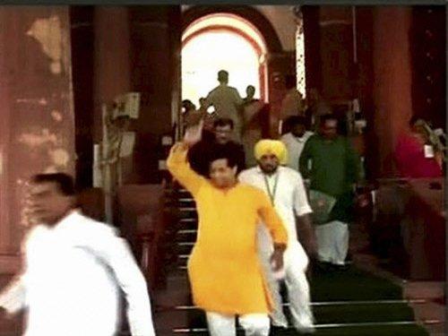 TMC, BJP members spar in LS