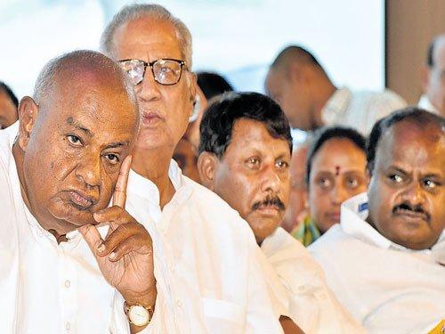 Denial of permission to meet Governor riles Deve Gowda