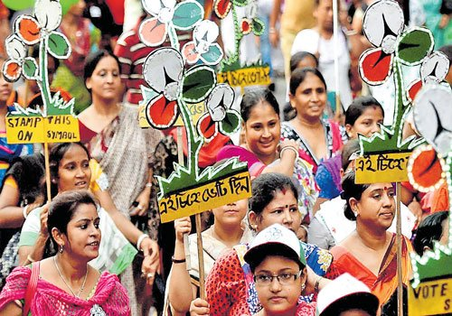 Coalition gains confidence, Trinamool worried in West Bengal