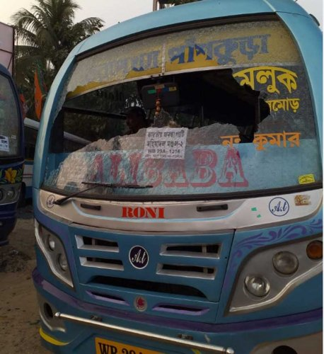 Bus carrying BJP worker vandalised in Kanthi in West Bengal. DH photo