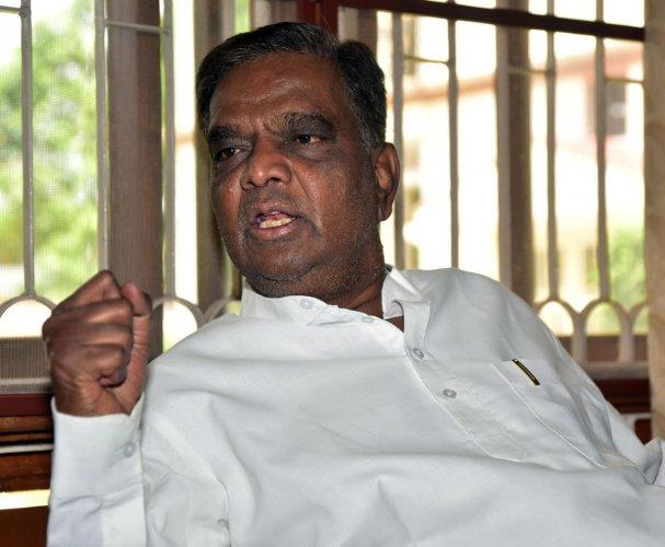 Senior BJP leader and former minister V Srinivas Prasad. (DH File Photo)