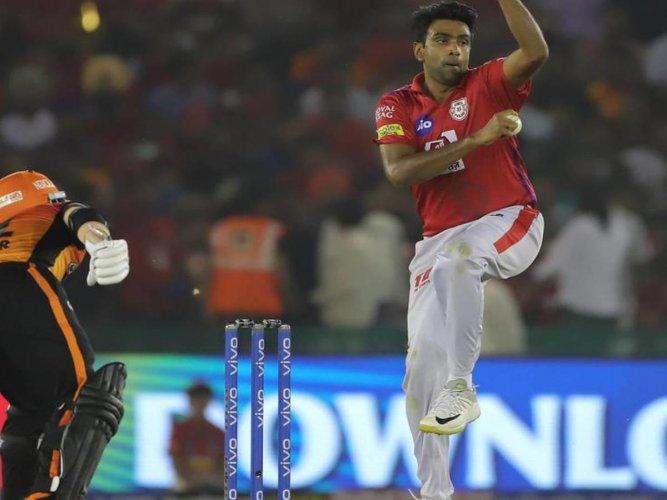 GAME SENSE David Warner watches R Ashwin till the last minute all the while dragging his bat. IPL media