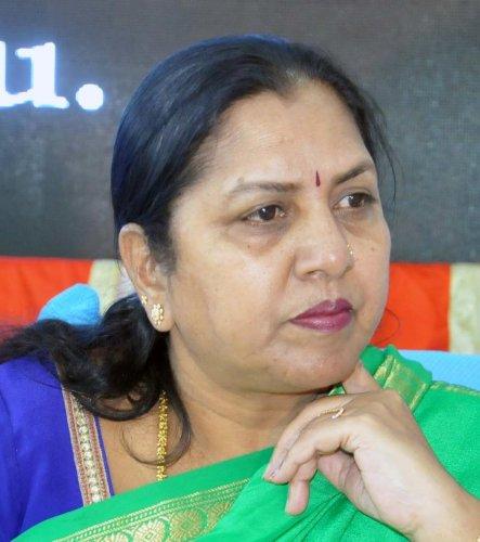 A V Gayathri Shanthe Gowda