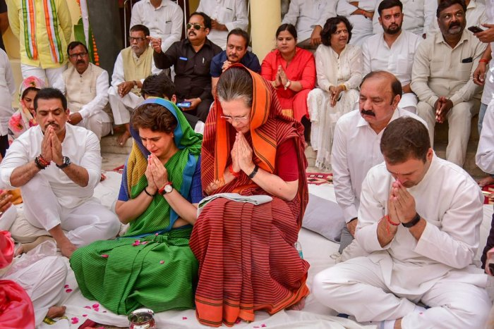 UPA chairperson Sonia Gandhi offers prayers ahead of filing nomination for Raebareli LS seat in Raebareli on Thursday. PTI photo