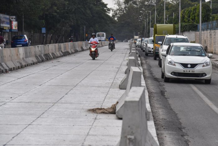 The Karnataka High Court has issued a notice to the Bruhat Bengaluru Mahanagara Palike (BBMP) while hearing public interest litigation challenging the white-topping of South End Road from Madhavan Park to Nettakallappa Circle via Nagasandra circle. DH file photo