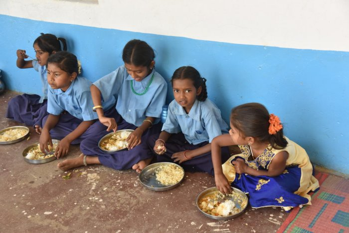 Teachers have to work during vacations to ensure that the mid-day meals are served. DH Photo/ BH Shivakumar