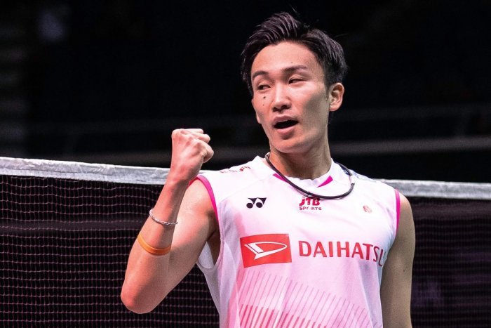 CHAMPION STUFF: Japan's Kento Momota celebrates after defeating Indonesia's Anthony Sinisuka Ginting in their men's singles final of the Singapore Open. AFP