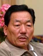 Chamling seeks Rs 1000 cr 'peace bonus' for Sikkim