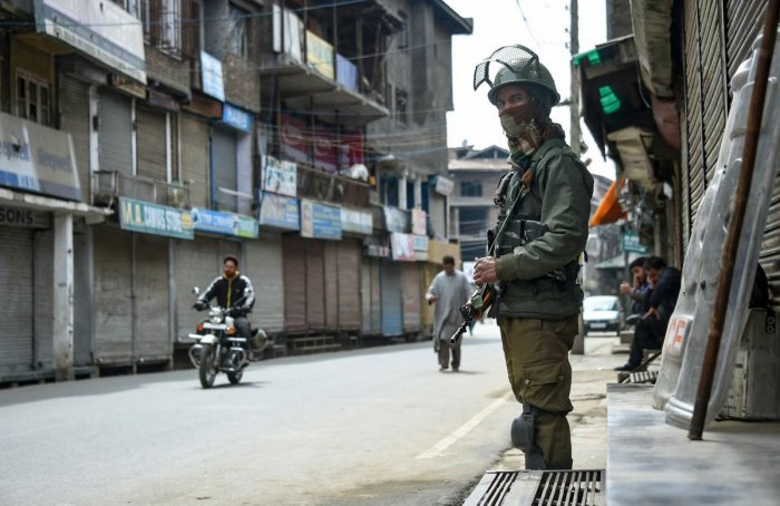 Three days ahead of polling, security has been put on high alert across Srinagar Lok Sabha constituency after intelligence inputs suggested that militants may carry out a suicide attack. PTI file photo