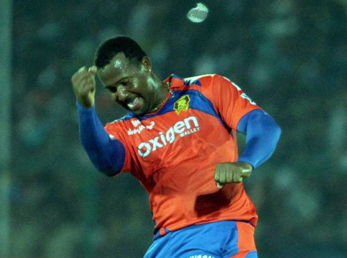Smith, Raina take Lions closer to play-offs